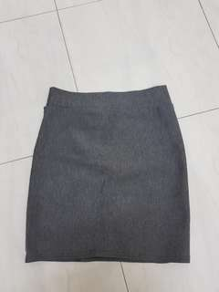 Grey pencil basic skirt