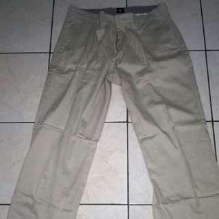 Celana panjang bahan katun