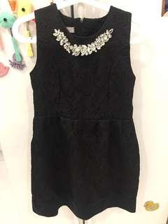 Jacquard dress with diamanté necklace