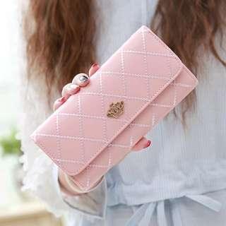 Crown pink long wallet