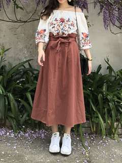 乾燥玫瑰花色綁帶長裙