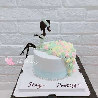 Customized cake/hen party cake /birthday cake