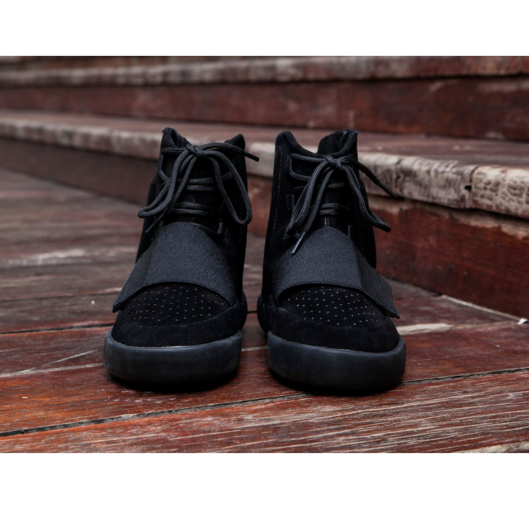 6b9e7498c49 Adidas Yeezy Boost 750 Triple Black