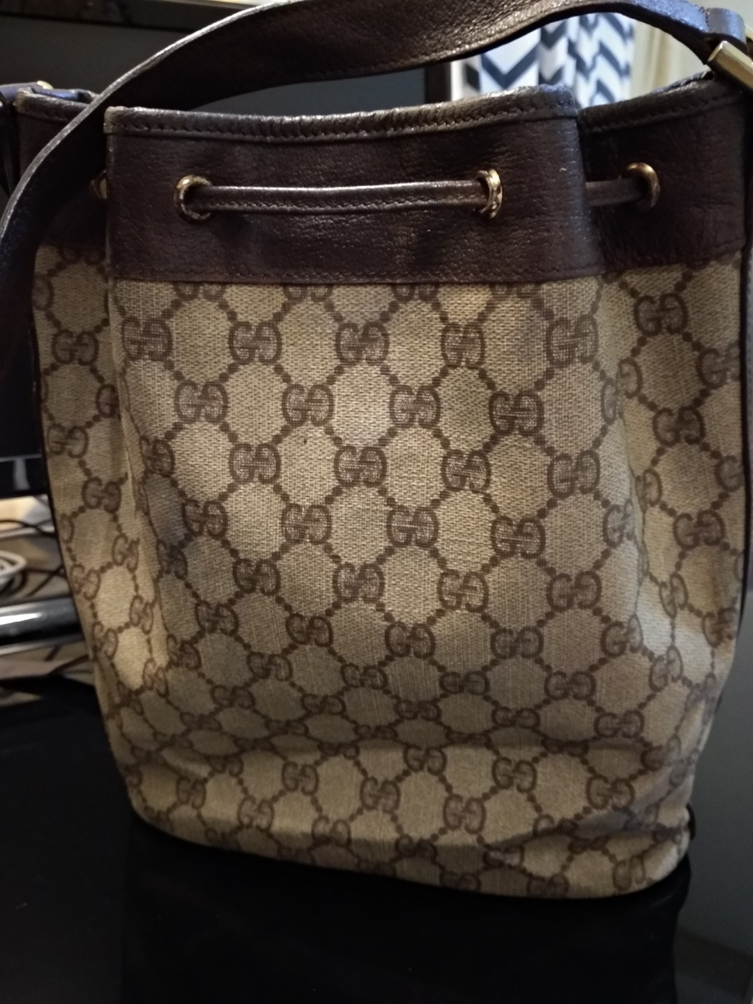 326ae4d24e7 Authentic Gucci Vintage Drawstring Bucket Bag Brown