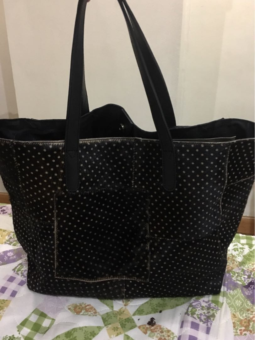6902634f04c5 Authentic INNUE genuine leather tote bag with fur Made in Italy