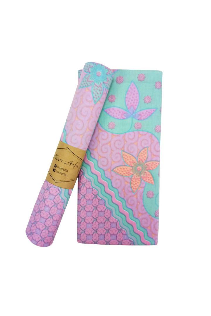 Batik Sri Terengganu   Batik Halus Terengganu Malaysia 996144fda5