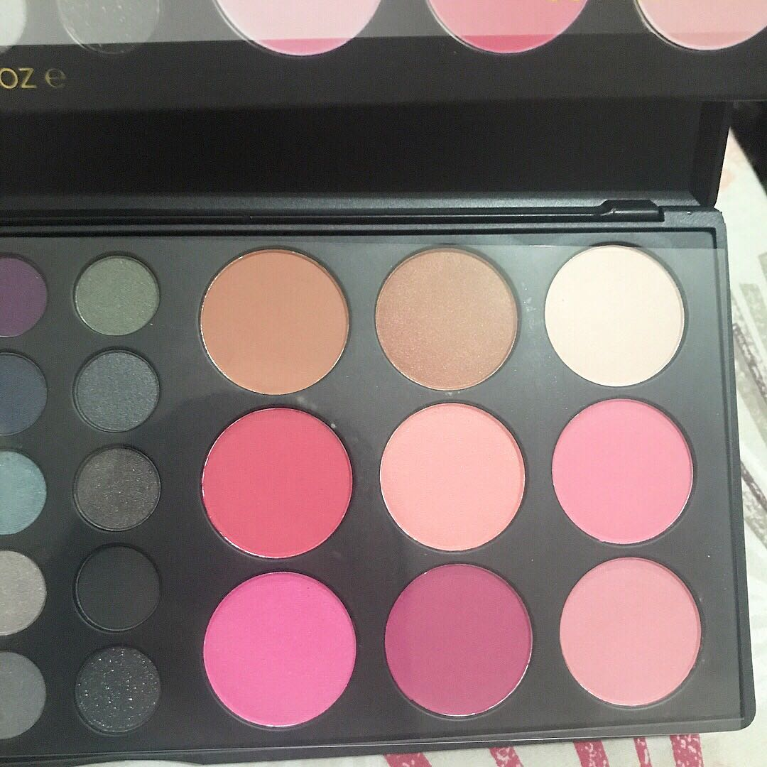 Bh Cosmetics 39 Color Special Occasion Eyeshadow And Blush Palette - Daftar Update Harga Terbaru Indonesia