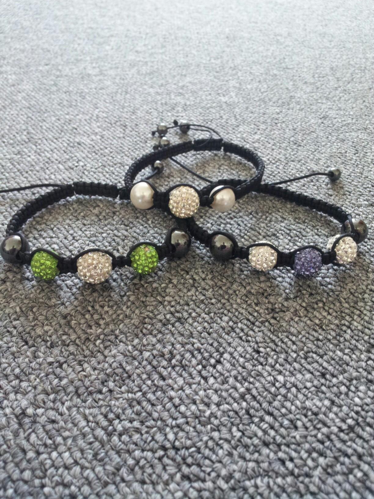 Crystal braceletes