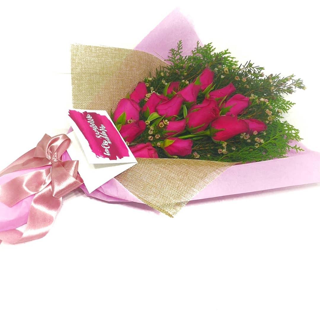 Fresh flower hand bouquet design craft others on carousell photo photo photo photo izmirmasajfo