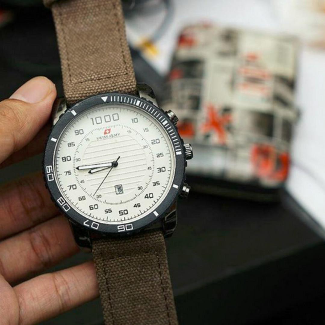 Swiss Army Jam Tangan Couple Strap Kulit Tangggal Hari SA 09871 . Source · Jam tangan