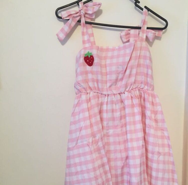 Kawaii pink gingham strawberry dress