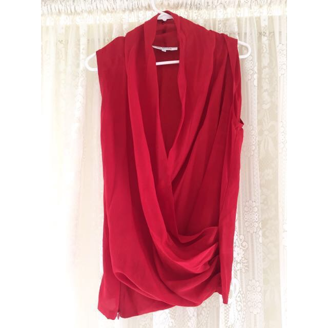ccfd7d629b32d5 Maurie   Eve - Red Silk Plunge Top