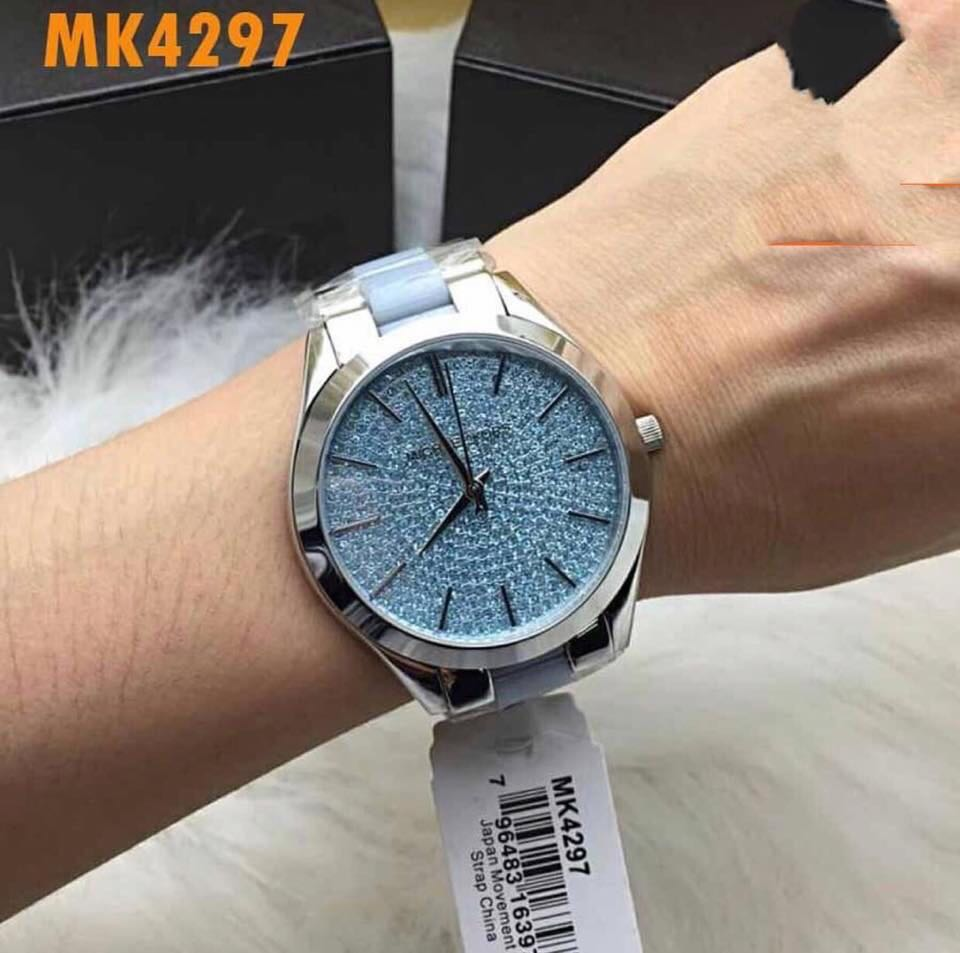 b81982173851 Michael Kors Channing Silver Dial Two-Tone Light Blue