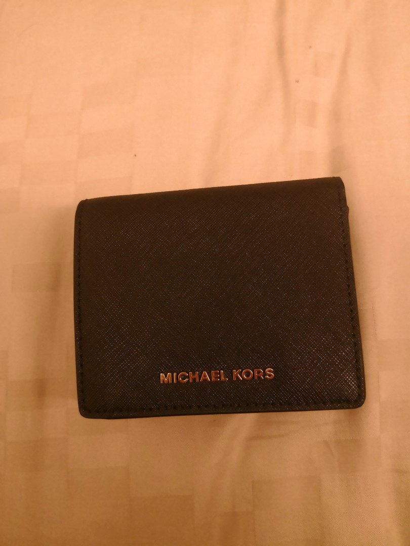 6e018f45e70a Michael Kors Wallet - Origin from USA