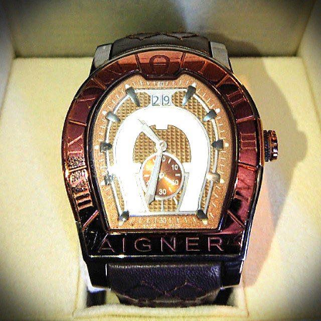best selling look out for discount sale Original Aigner Roma Men's Watch A38100 (New price RM3.6K)