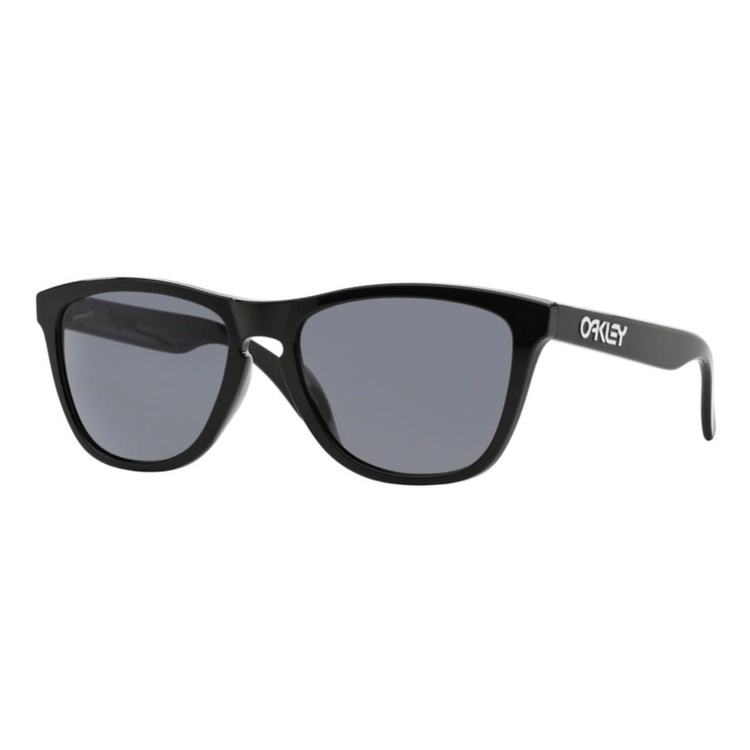 ORIGINAL Oakley Frogskins OO9245-01 Polished Black + grey lens ... ae4d1635c3