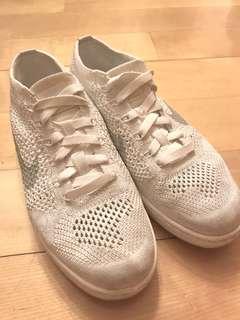 Nike Classic Ultra Flyknit white 38.5號