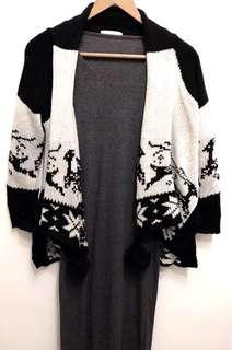 🚚 灰色長洋裝+麋鹿球球針織外套