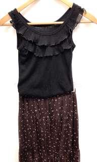 🚚 全新氣質雪紡長裙+黑色波浪領口內搭。送薄款遮陽外套!