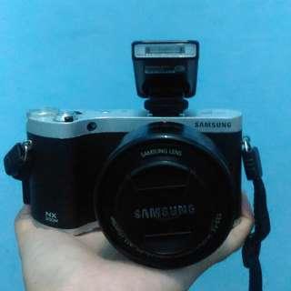 Samsung NX300M Mirrorless