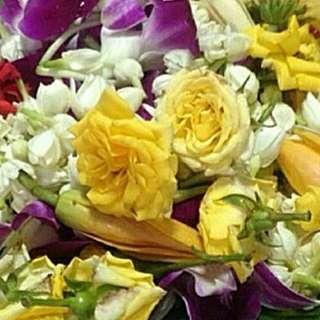 Flower Bath (Mandi Bunga)