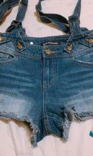 🚚 澳洲帶回微刷破超顯瘦吊帶短褲
