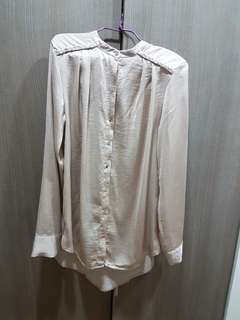 H&M champagne blouse
