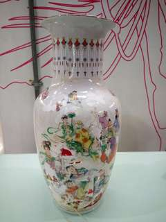 高18 吋八仙贺壽贴花瓶
