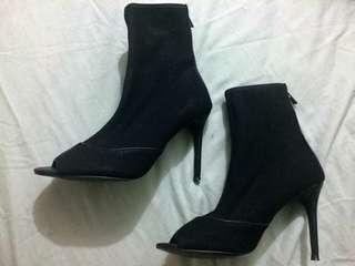 NEW mesh heels RRP $80