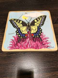 Pre-love in excellent condition Beleduc butterfly layer puzzle