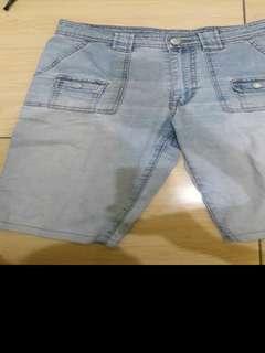 Preloved Celana Jeans 7/8 Import Fit to L