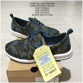 SALE!!! YOUTH SIZE TOMS DEL RAY SNEAKERS