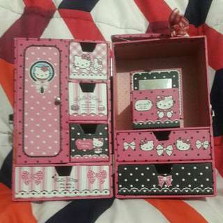 Hello Kitty Accessory Bag w/ Drawers