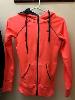 UNDER ARMOUR JUMPER SIZE XS