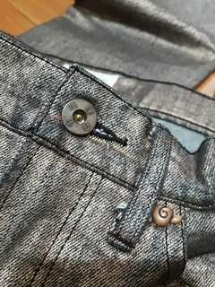 🚚 [二手]TSUMORI CHISATO 津森千里 金屬刷舊牛仔褲
