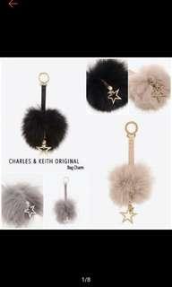 Gantungan Fur charles and keith