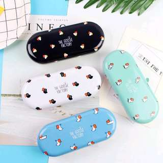 The Goose Factory Tin Glasses Case