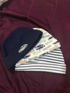 Baby's hat (up to 9 months)