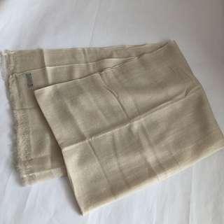 {NEW} 100% Cashmere shawl