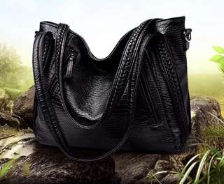 Little Ladies Sling Bag - HGR652  Size: 35*15*30cm