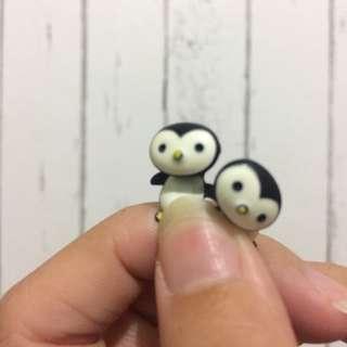Pengui earrings