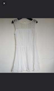 NET 蕾絲雕花氣質無袖洋裝 白色 M