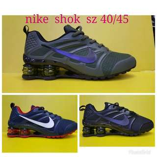 Nike shocj uk 40-45