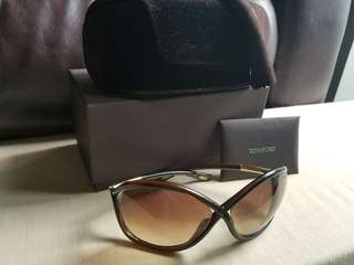 Authentic  Tom Ford sunglasses 太陽眼鏡