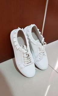 Charles n keith sneakers