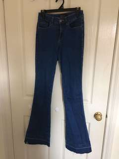 Forever New Flared Jeans sz 6