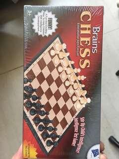 Mini chess set brand new