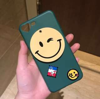iPhone 7/8+ smiley mirror case
