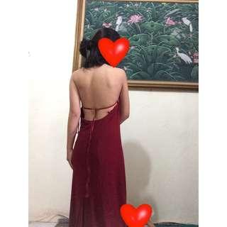 Dress gaun pesta body fit