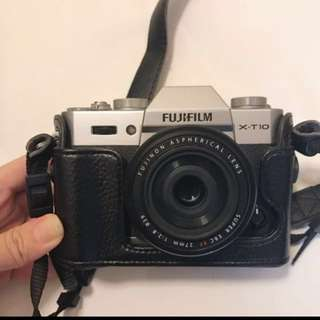 Fujifilm X-T10 bundle with F2.8 lenses and zoom lens